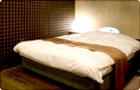オーバーキングサイズベッド